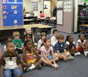 how to become a kindergarten teacher in florida