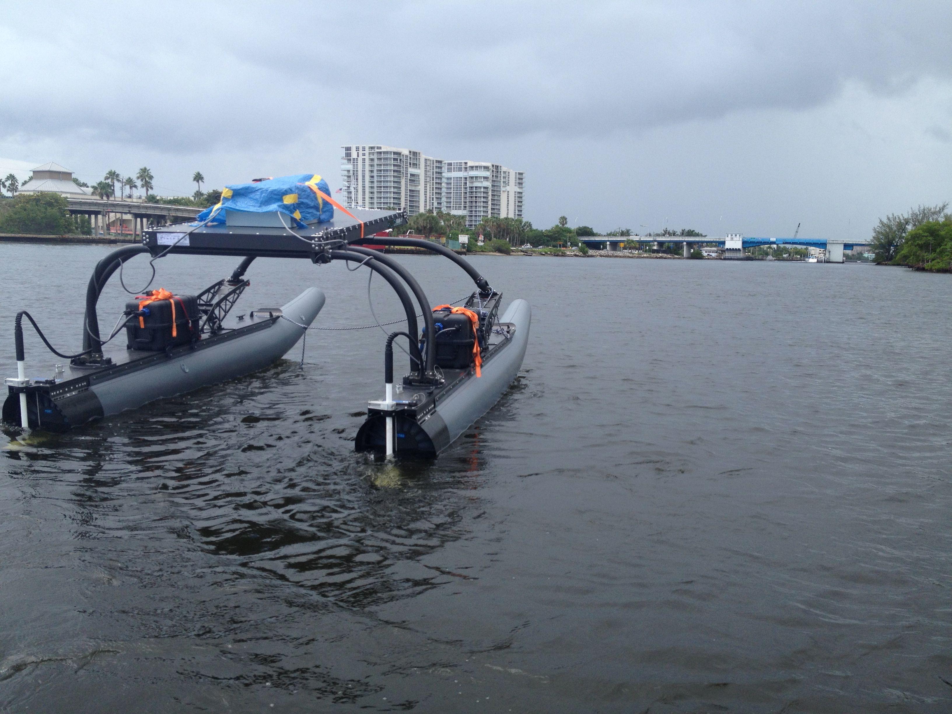 ربات قایق