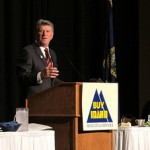 Governor Butch Otter speaking at the 2011 Buy Idaho conference