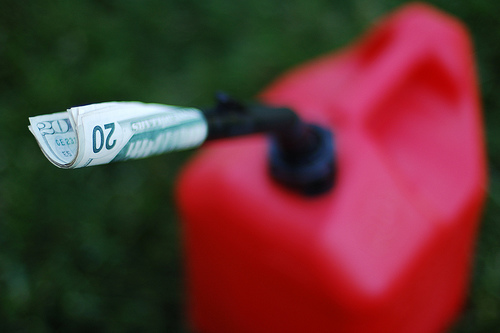 Plastic Gas Cans >> Why the Largest Maker of Portable Gas Cans is Going Out of Business | StateImpact Oklahoma