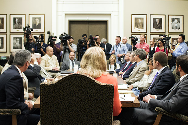 Gov. Mary Fallin speaking to the media after an earthquake council meeting in August 2015.