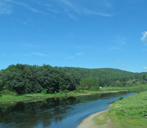 A view of the Delaware River where it separates Northeast Pennsylvania on the right with New York State on the left.