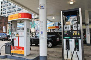 The Shell station at 12th and Vine Streets in Philadelphia offers gasoline mixed with corn-based ethanol and features a mural paying homage to corn.