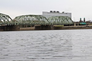 Tidal sections of the Delaware river could flood large areas of Philadelphia and other Pennsylvania cities in future unless policymakers make radical cuts in global carbon emissions, a new study says.