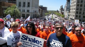 Shale gas advocates on the