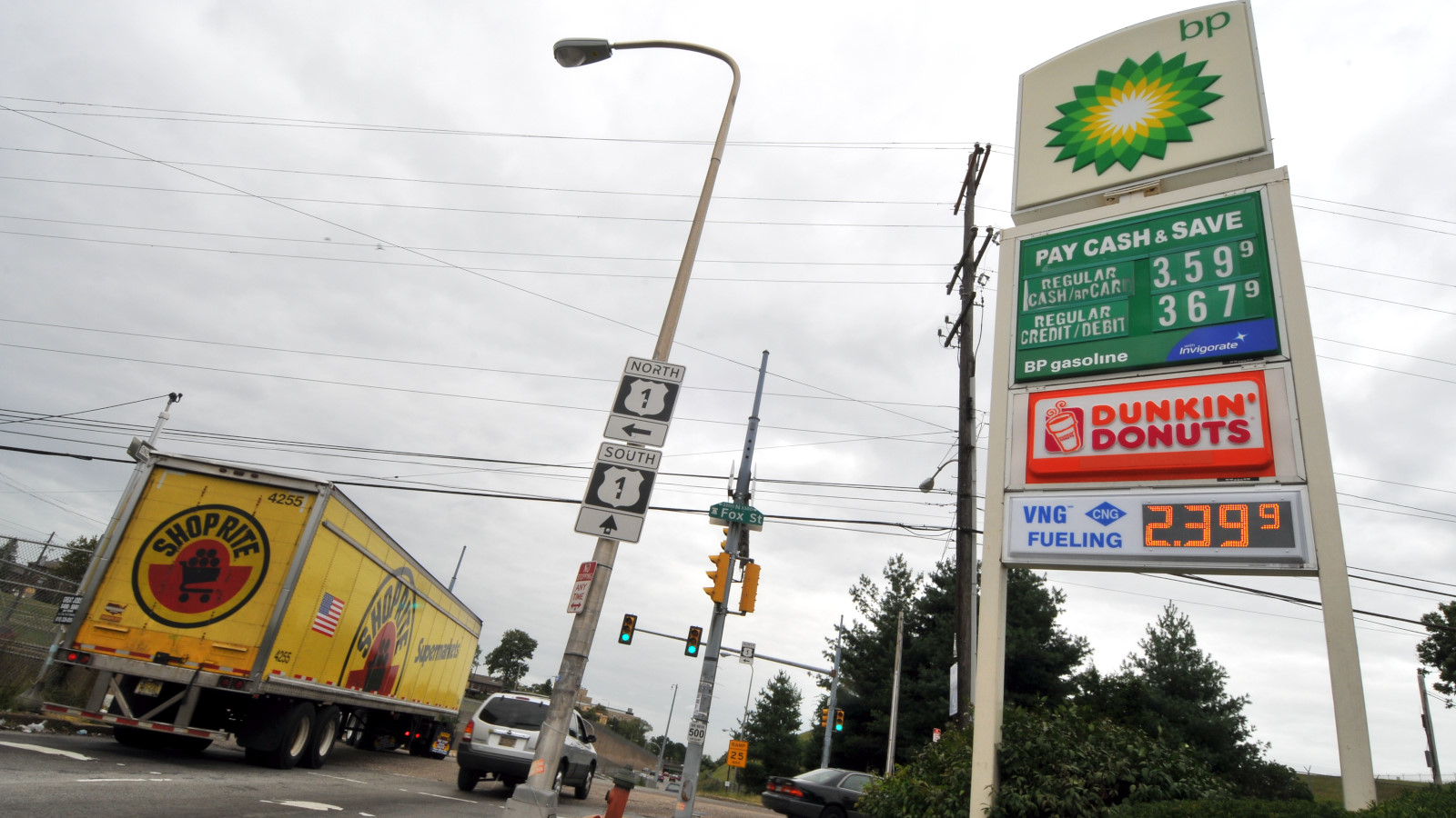 First public CNG station opens in Philadelphia, despite ...