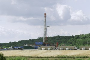 Drilling waste from rigs like this in Zelionople, Pa. could pose a danger to public health, a new report says.