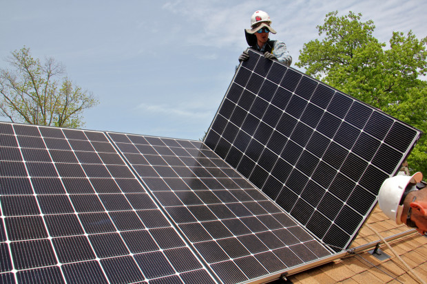 Philadelphia works to bring solar energy costs down to - Cost of solar panels for 3 bedroom house ...