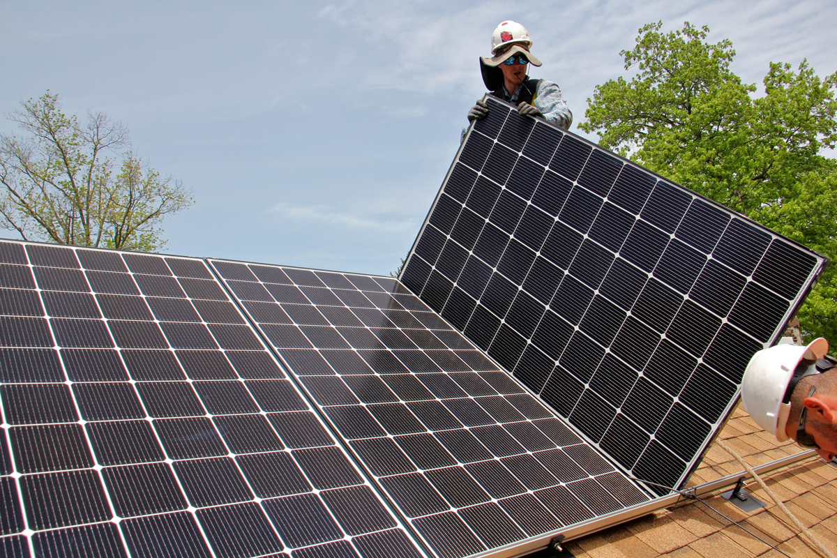 Philadelphia Works To Bring Solar Energy Costs Down To