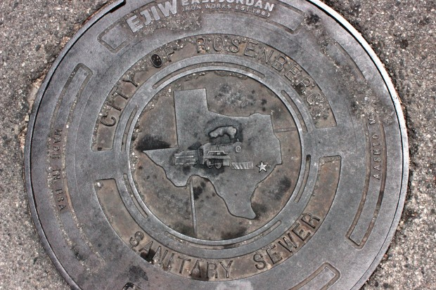 Manhole cover with Rosenberg's locomotive insignia