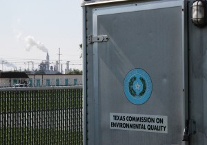 Texas has 13 air monitors in five cities that measure hydrogen sulfide