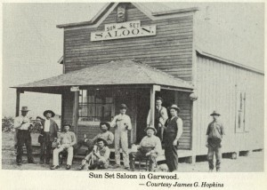 A saloon in Garwood, cerca 1910, a few years after it was founded by the Red Bluff Irrigation Company