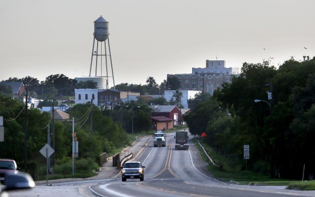 Small town Cotulla depends on the oil industry to bring people to fill its many hotel rooms. Jorge Sanhueza-Lyon Jose Rodriguez is recently laid off from his oil industry job.